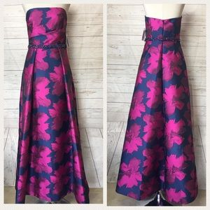 Carmen Marc Valvo gown New With Tags Sz 8